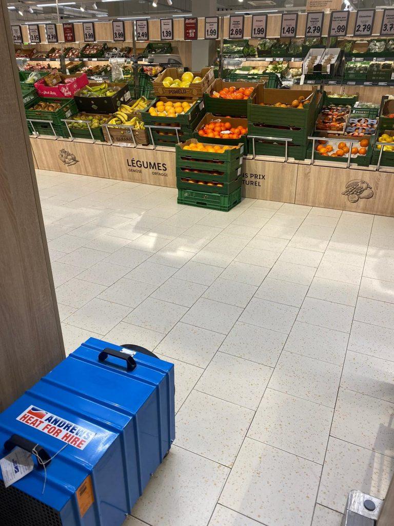 Une grande chaîne de supermarchés nécessite une solution de chauffage urgente