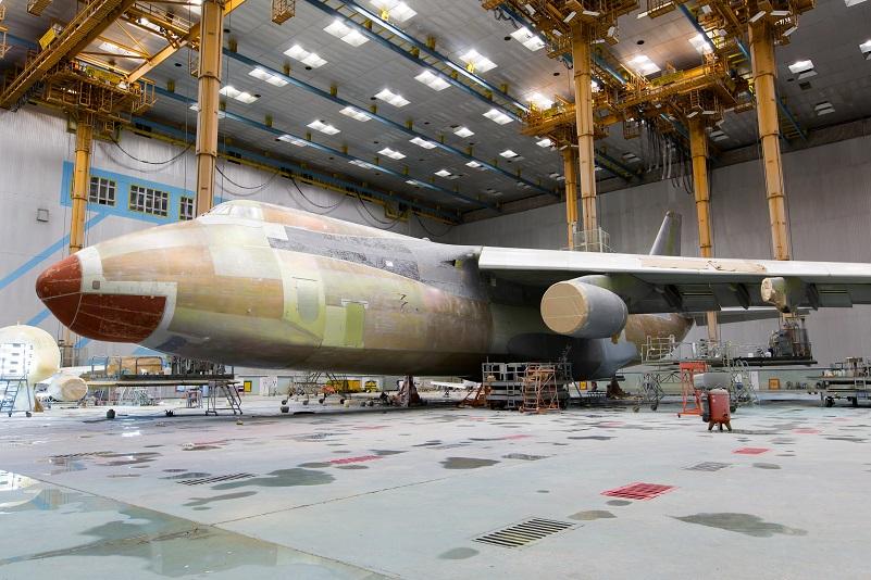 L'extraction des fumées permet au projet de restauration d'un avion de décoller !